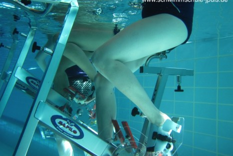 "Aqua-Cycling ""Fit&Fun"""