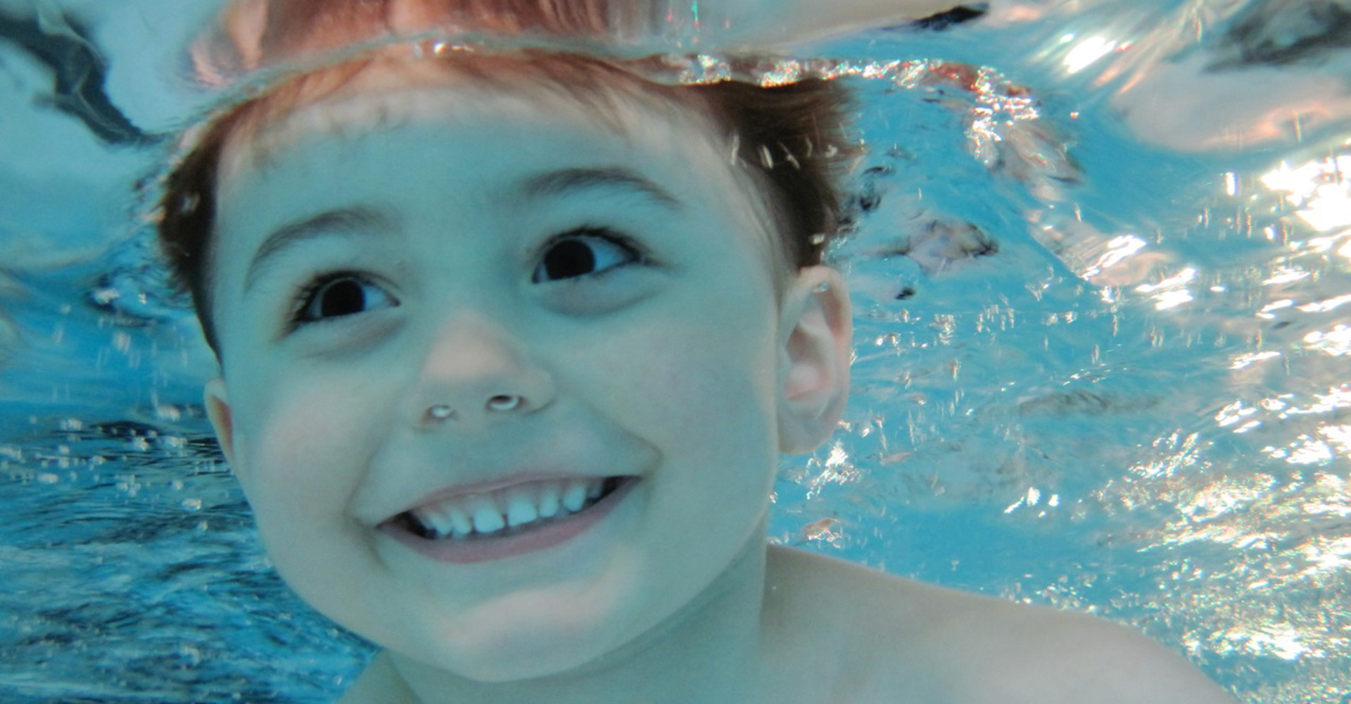 Bambini Schwimmen