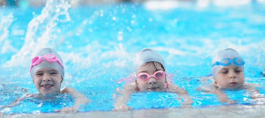 Kinder Schwimmkurs Kraulen