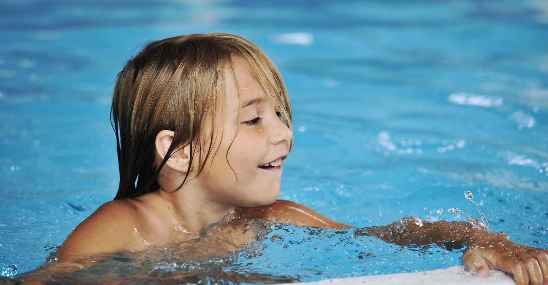 schwimmkurs-fuer-kinder-anfaenger-muenchen-glonn-aying-kirchssein